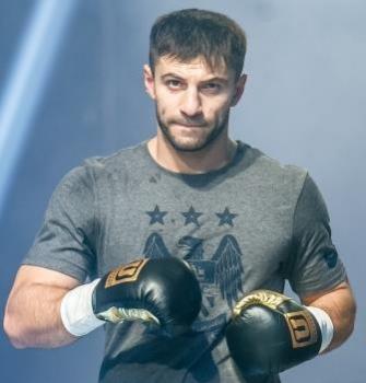 Арсен Азиев проведет бой 10 ноября в Краснодаре